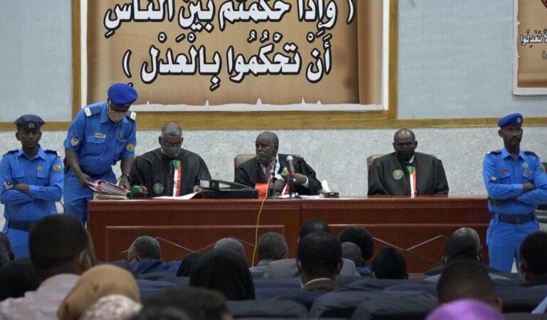 محكمة إنقلاب يونيو89 ترفع جلستها إستجابة لطلب متهم تغيب محاميه